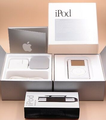  Apple iPod Classic 1st Generation 5Gb M8513LL/A Collector's Complete Box ★★★★★