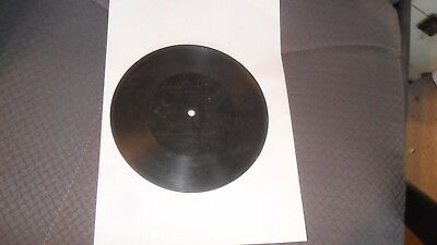 A gramophone phonograph 7 inch Berliner record  Number 1018
