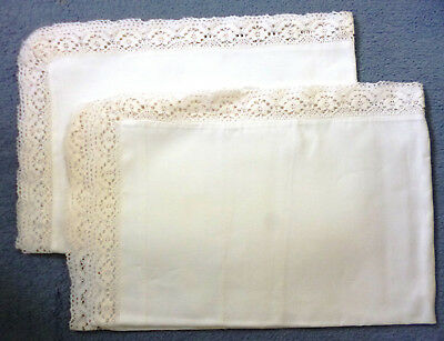 PAIR OF VINTAGE WHITE COTTON PILLOW CASES WITH CROCHET EDGING No 3