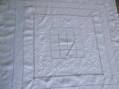"""Beautiful Vintage French Hand Embroidered  White Linen Table Cloth 34 x 34"""""""