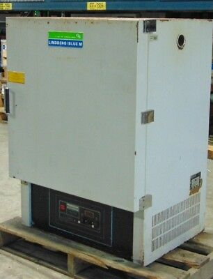 USED Blue M 0V-500C-3 Laboratory Oven 38-260°C 208-240V