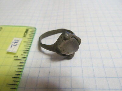 Ancient bronze ring with stone Vikings 10-11 AD № 172.