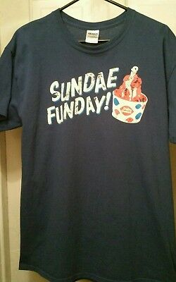 """Dairy Queen """"Sundae Funday"""" T-shirt Size L"""