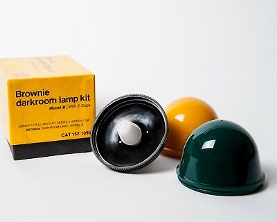 Brownie Darkroom Lamp Kit Model B with 2 Cups Yellow, Green