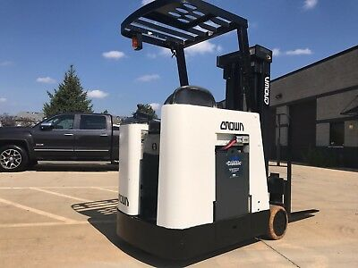 2004 Crown Narrow isle 3000 Pound BUDGET Forklift-36 Volt Battery-WE WILL SHIP