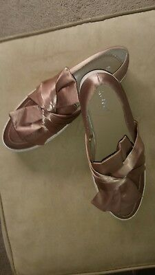 ladies leather shoes size 40