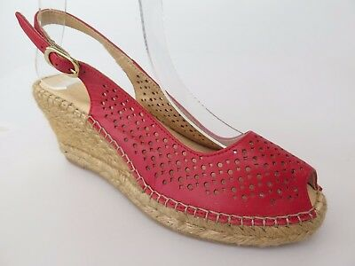 Macarena - new ladies leather sandal size 37 #58