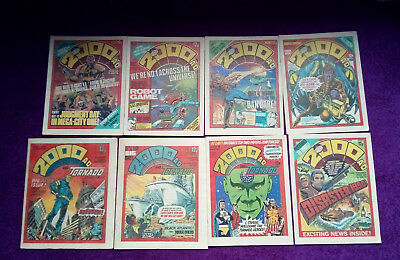 2000ad 1979 - job lot of 8 progs - 121 to 124, 126 to 129 - VG+/close to mint