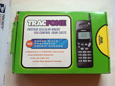 Lightly Used Old Stock Nokia 918 In Box Tracfone With Wall & Car Chargers