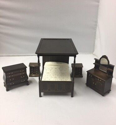 Wooden Quality Dollhouse Miniature Furniture Bedroom Set Of 5 Pieces Vintage