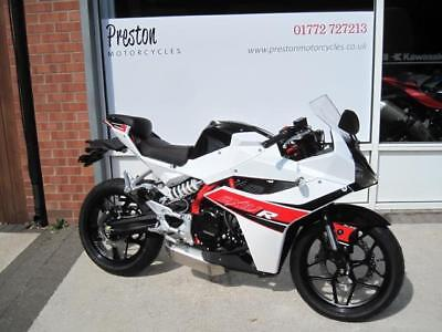 2016 Hyosung Gd250 R..managers Special..pre Reg..one Only Priced To Clear