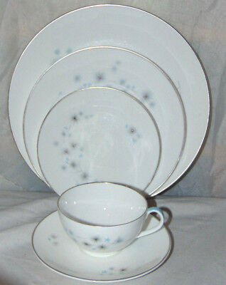 5 Royal Doulton Thistledown Place Setting Dinner Salad Bread Cup & Saucer