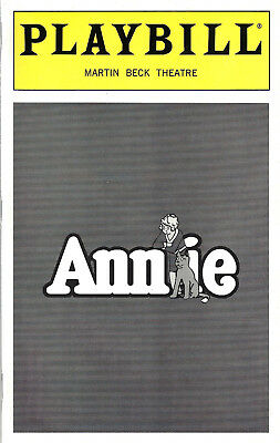 """Sutton Foster """"ANNIE"""" Nell Carter / Charles Strouse 1997 Broadway Playbill"""