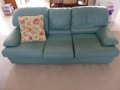 Leather lounge and 2 armchairs