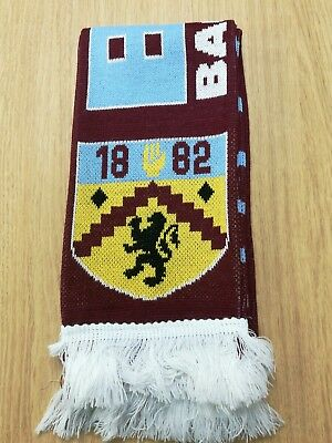 Burnley FC Scarf 1882 + Ex Players names