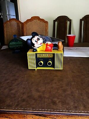 Mickey Mouse Am Radio