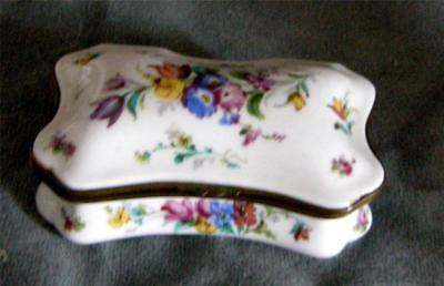 Fab. Antique French Sevres 18th Century Dresser Box .