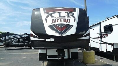 new xlr 29dk5 nitro fifth wheel toy hauler rv camper 11494 lbs