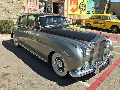 1958 Rolls-Royce SILVER CLOUD  1958 ROLLS ROYCE SILVER CLOUD - Low Miles, AC, Well-Maintained, No Rust, Vegas
