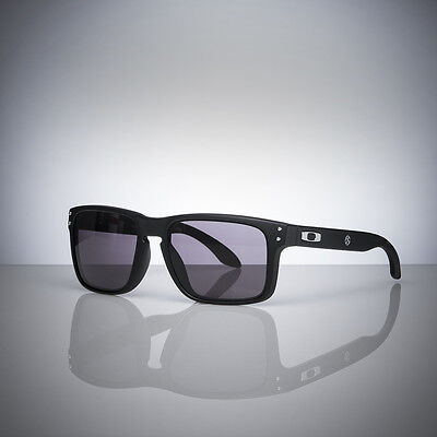 Genuine Toyota 86 Oakley Holbrook Sunglasses - Official Merchandise
