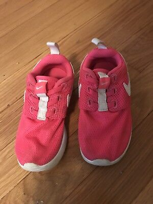 Toddler Girl Nike Shoes Sneakers Pink white Sz 9 9c