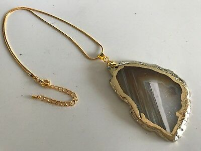 Amber Gold Agate healing Crystal Quartz Gemstone Pendant & Free chain necklace