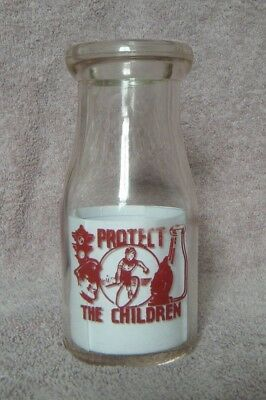 1950s HOME DAIRY PRODUCTS Albion, Mich MI 1/2 half Pint Cream Bottle ACL
