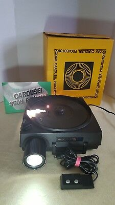 Kodak Carousel 850H Slide Projector W/Remote & Auto Focus Lens~Tested & Working
