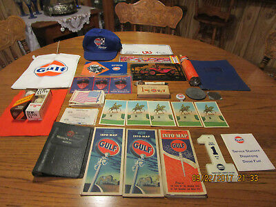 Vintage GULF OIL  lot of 23+.