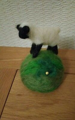 🐏 Needle Felted Pin Cushion Sheep Lamb / Handmade 🐏