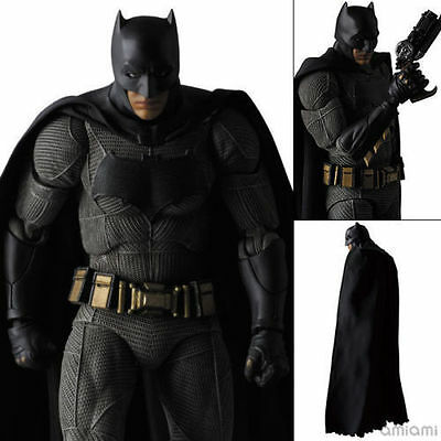 Batman MAFEX Batman v Superman: Dawn of Justice Action Figure 2017 Toy Doll Mode