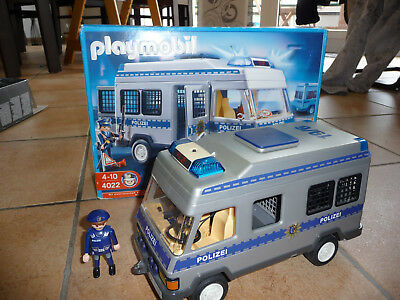 playmobil polizei sek m nnchen inkl hund eur 5 50. Black Bedroom Furniture Sets. Home Design Ideas