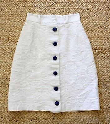 Vintage High-Waisted White Matelasse Tulip Skirt w/ Blue Buttons, 0-2