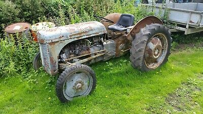ferguson t20 tractor, vintage tractor, barn find, restoration project, tea20