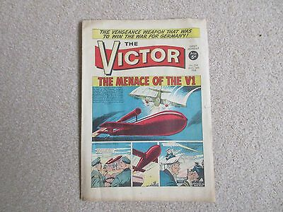 THE VICTOR COMIC No 234 - AUG 14TH 1965 - THE MENACE OF THE V1.