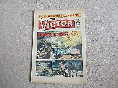 THE VICTOR COMIC No 238 - SEPT 11TH 1965 - OPEN FIRE
