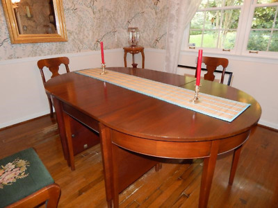 Vintage Solid Genuine Mahogany Dining Room table with six chairs