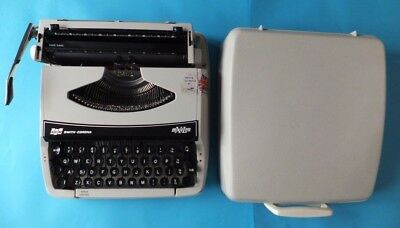 Vintage Grey Smith Corona XL Portable Typewriter with Case SCM In Working Order