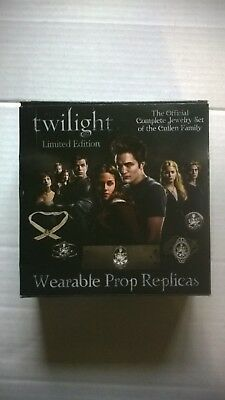 Neca Twilight Cullen Family Complete Jewelry Set. Missing COA. Limited Edition