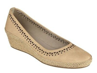 0ff6c0148a8c Easy Spirit Derely wedge pumps espadrilles leather natural tan sz 10 WIDE  New