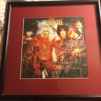 Motley Crue framed & signed SATD Lithograph from Journals of the Damned Boxset.