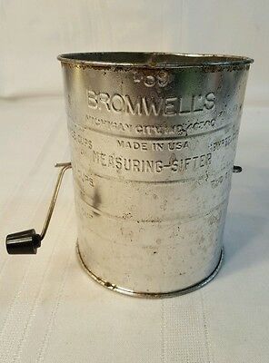 Vintage Bromwell's Metal Measuring-Sifter 3 cups with black handle 1227