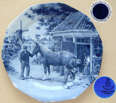 """Delft Blauw 1984 Ter Steege BV: Farrier Shoeing a Horse: Plate 9½"""" Dia."""
