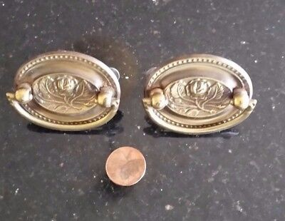 Vintage Set of 2 Brass Oval Floral Drawer Pulls Nice Detail