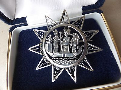 Vintage jewellery large Egyptian style silver brooch or pendant 2.1 inches