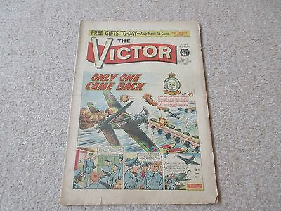"VICTOR COMIC, No 31 - Sept 23rd 1961'' Only One Came Back"" Good/Fair condition"