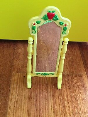 Strawberry Shortcake Vintage Berry Happy Home Furniture--13 Piece Lot