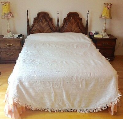 Vintage 50's Ivory Chenille Bedspread