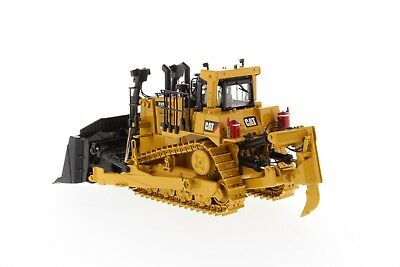 Caterpillar® 1:50 scale Cat D10T2 Track-Type Tractor - Diecast Masters 85532