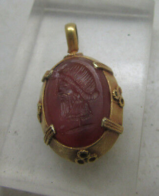 Ancient Roman aristocratic gold pendant with carnelian stone high CT gold